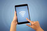 Wakacje bez WiFi. Gdzie może być trudno o dostęp do internetu?