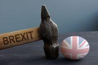 Jakie zagrożenia niesie twardy Brexit?