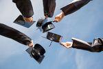 Absolwenci na rynku pracy: jak zwiększyć zatrudnienie?