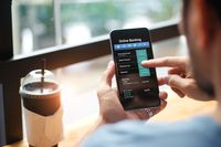 Bankowość mobilna - kobiety kontra mężczyźni