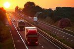 Branża transportowa: płaca minimalna w Austrii i Holandii