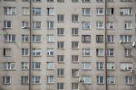 Mamy boom na nowe mieszkania a mieszkamy w 50-letnich