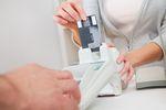 Banki udostępniają cash back