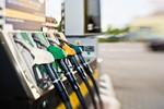 Cena benzyny ciągle wysoka. Dlaczego?