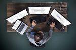 Śladami cyberprzestępcy: 9 etapów cyberataku na firmę