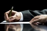 Członek zarządu może wystąpić o przywrócenie do pracy