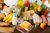 Darowizna żywności w księgach rachunkowych i podatku VAT