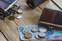 Czy wzrost zarobków wybawi Polaków od długów?