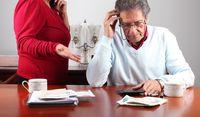 Seniorzy mają coraz więcej mniejszych problemów finansowych