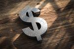 Dolar najdroższy od prawie dwóch lat