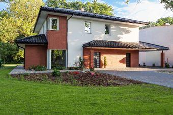 Domy pod Warszawą - ile się ich sprzedaje?
