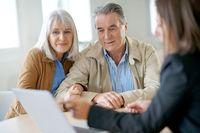 Doradcy i pośrednicy finansowi, czyli zwykli sprzedawcy?