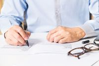 Usługa agencyjna a limitowanie kosztów w CIT