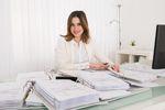 Jak rozliczyć w PIT i VAT odnalezione faktury kosztowe