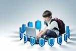 Cyberprzemoc i sexting. Co jeszcze czyha na dziecko w sieci?