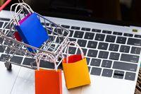 Giganci e-commerce inwestują w tradycyjny handel