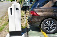 Powstanie 100 tys. punktów ładowania samochodów elektrycznych?