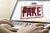 Fake news a poglądy polityczne. Kto upowszechnia nieprawdę?