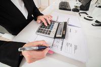 """Jak wystawić """"zwykłą"""" fakturę VAT w praktyce?"""