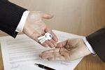 Umowa najmu: jaka stawka VAT na media?