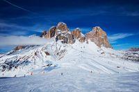 Włochy podbiły serca narciarzy. Ile kosztuje wyjazd na narty?