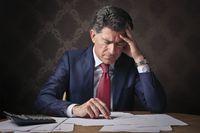 Kredyt obrotowy czy faktoring? Co lepsze na kłopoty w biznesie?
