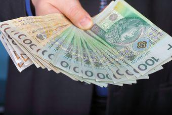 Firmy pożyczkowe otwierają oddziały i zwiększają zatrudnienie