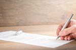 Zastąpienie umowy o pracę innym stosunkiem prawnym coraz trudniejsze