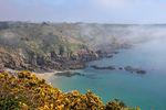 Wakacje 2016: wybierz Guernsey, jeśli nie chcesz spotkać Polaka