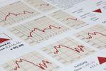 Kapitał opuszcza rynek akcji, zyskują obligacje