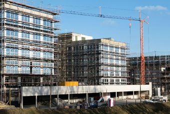 Koszty budowy pozostaną stabilne, ale istnieją ryzyka