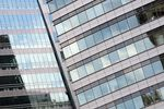 Biurowce w Warszawie: czynsze spadają, a zyski i tak rosną