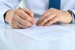 Umowa o pracę? Nie dla młodych i kobiet