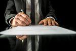 Działalność jednoosobowa w spółkę z o.o. – przekształcenie krok po kroku