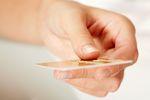 Podatki: lepsza karta przedpłacona niż bon towarowy