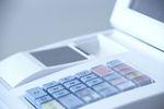 Brak kasy fiskalnej: kara z kks-u i podatek naliczony