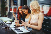 Jak sobie radzą Messenger i inne komunikatory?
