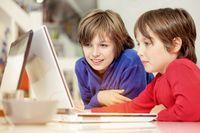 5 rad, jak dbać o bezpieczeństwo dzieci w internecie