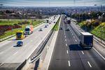 Podróż służbowa samochodem pracownika: kilometrówka to nie tylko paliwo