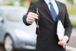 Wynajem samochodu osobowego: czynsz poza kilometrówką