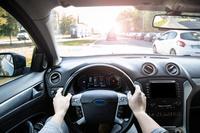 Dojazd do pracy prywatnym samochodem a koszty w rocznym PIT