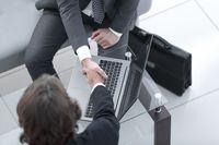 Kredyt kupiecki - co warto o nim wiedzieć?