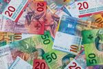 Przewalutowanie kredytu we frankach opłaca się bankom?
