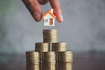 BIK: kredyty mieszkaniowe rosną, na karty kredytowe mniej chętnych
