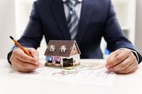 Ile musisz pracować na zakup mieszkania?