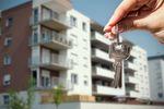 Kto poluje na największą powierzchnię mieszkania?