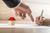 Umowa z deweloperem - jakie klauzule są niedozwolone? [© Gajus - Fotolia.com]