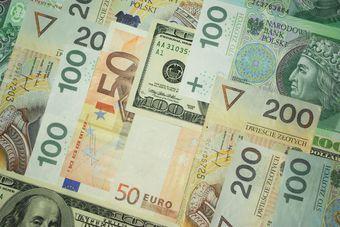 Jak pory roku wpływają na kursy walut?  [© Przemo - Fotolia.com]