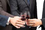 Uwaga na imprezy firmowe i media społecznościowe