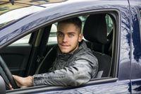 OC - młodzi kierowcy najmocniej dostają po kieszeni